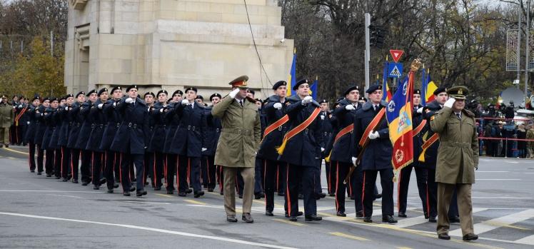 Cantemiriștii s-au sincronizat perfect la Parada Militară Națională